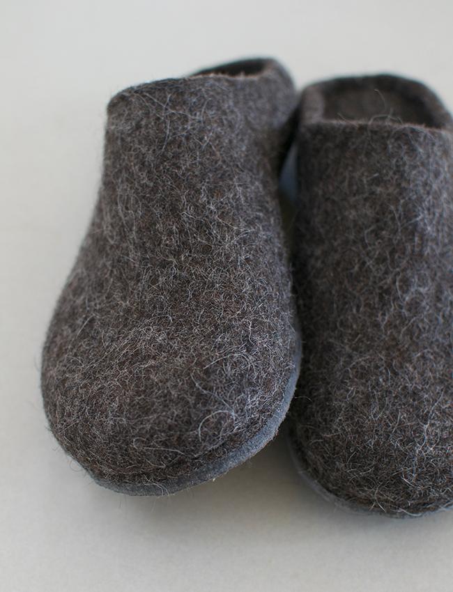 新作 / handmade wool felt roomshoes